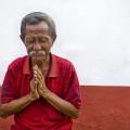 Old-Man-Praying