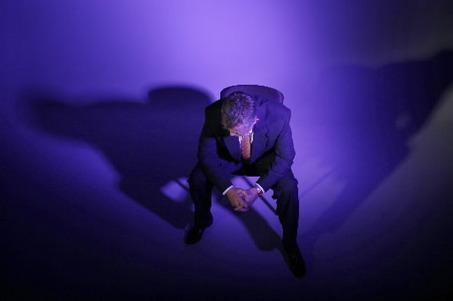 large_lawyer-depress